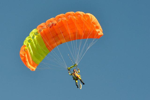 Quel tarif pour un saut en parachute en Alsace ?