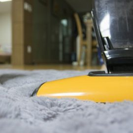 Shampouineuse ou nettoyage classique : lequel choisir ?