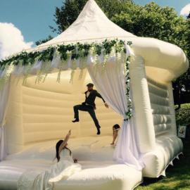 Où installer le château gonflable de vos enfants ?