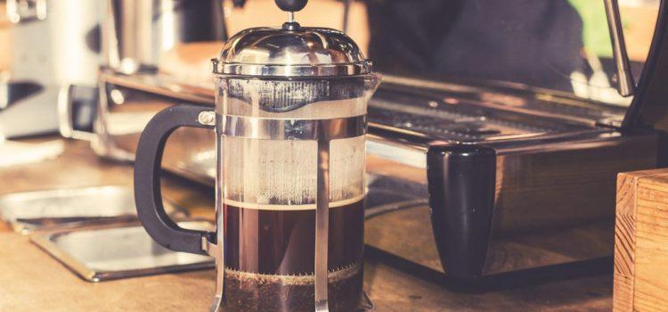 Avantages et inconvénients de la cafetière à piston